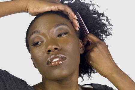 Cheveux secs que faire femme