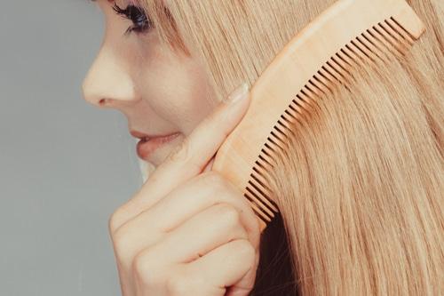 manipulations-cosmetiques-cheveu