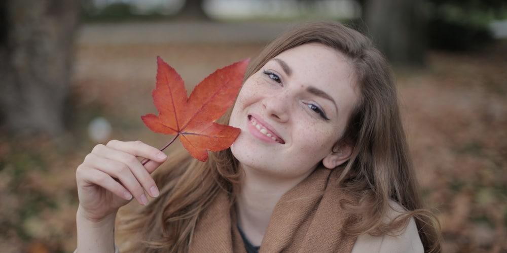 Chute de cheveux saisonnière en automne